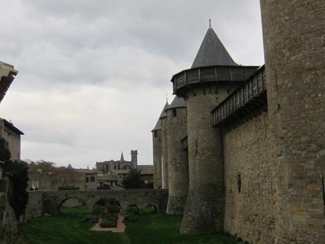 11) Carcassonne interior